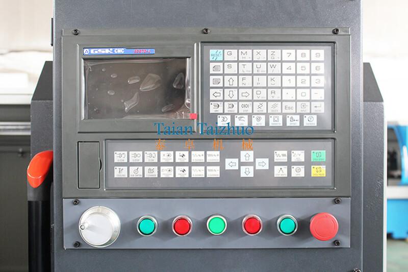 CNC Lathe Machine CK6140 (4)