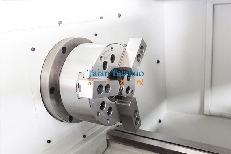 CNC Lathe Machine CK6140 (5)