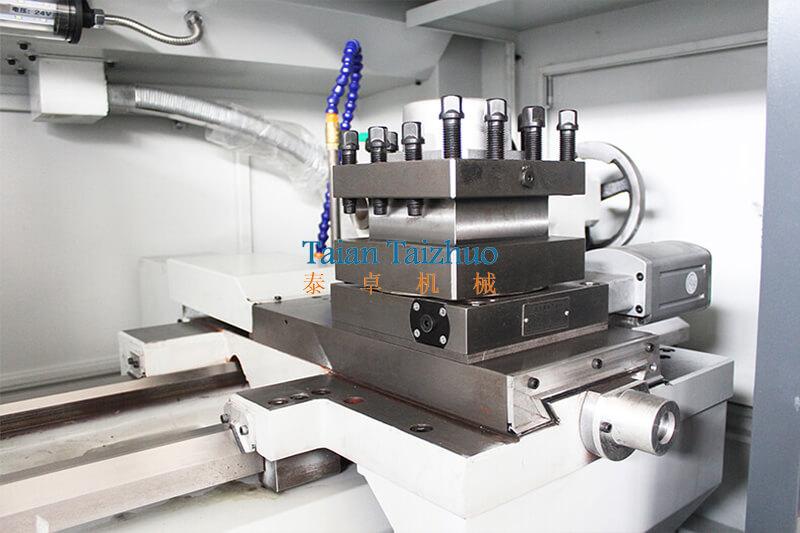 CNC Lathe Machine CK6140 (6)