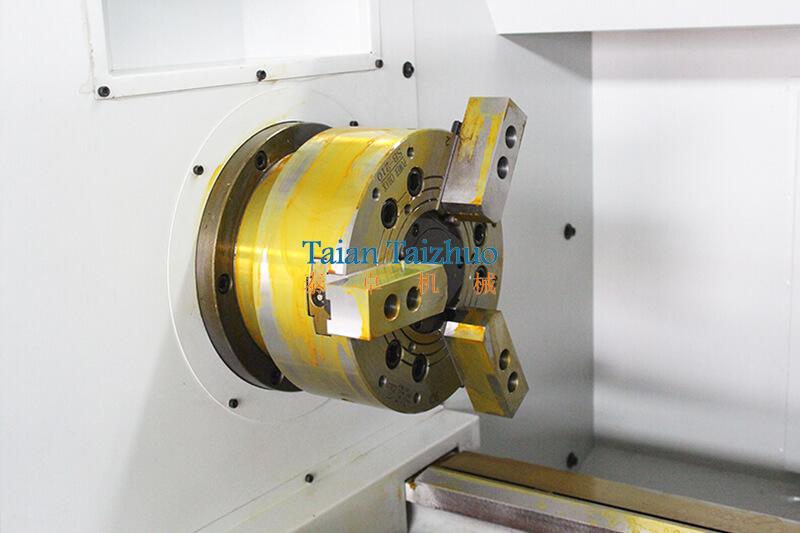 CNC Lathe Machine CK6150 (6)