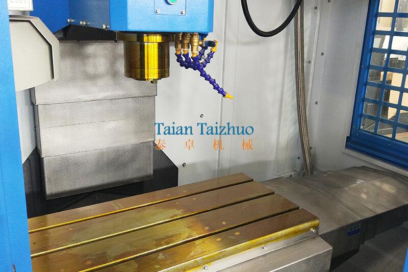 CNC Machining Center VMC1060 5