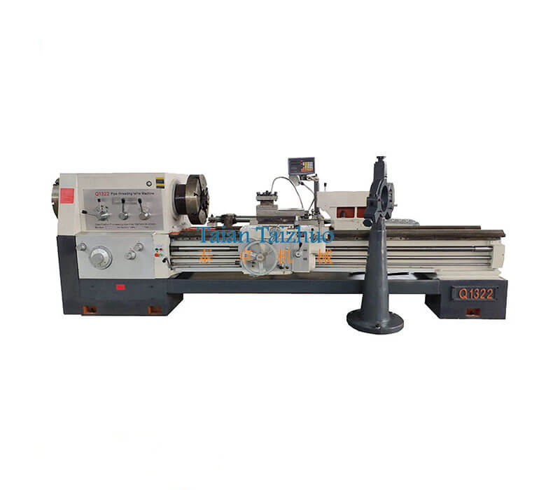 Pipe Threading Universal Lathe Machine Q1322 3