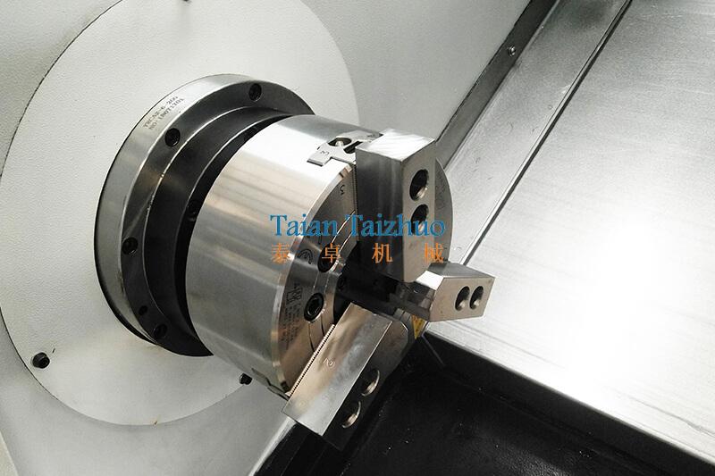 Slant Bed CNC Lathe TCK550 (4)